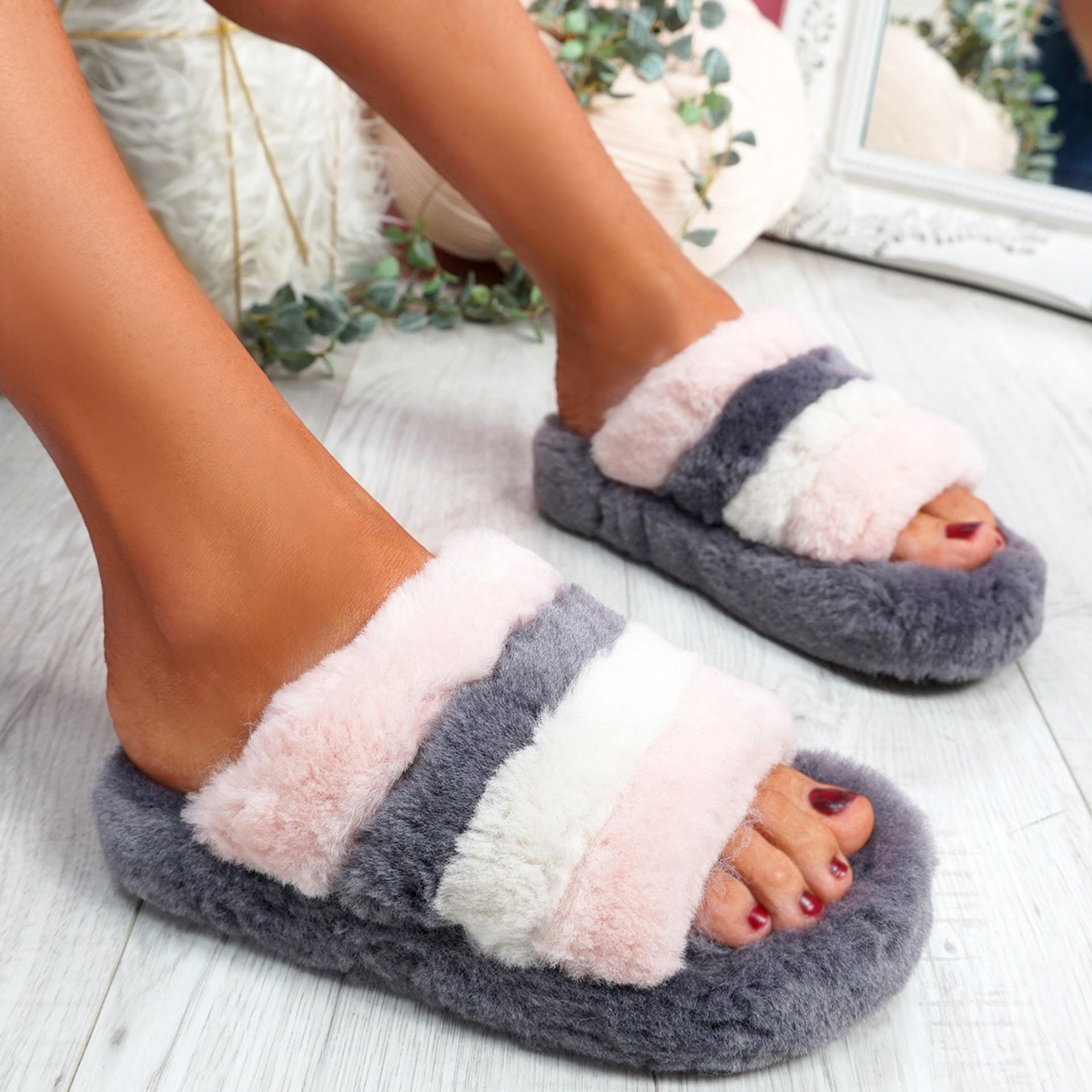 Goka Grey Fluffy Flatform Sliders
