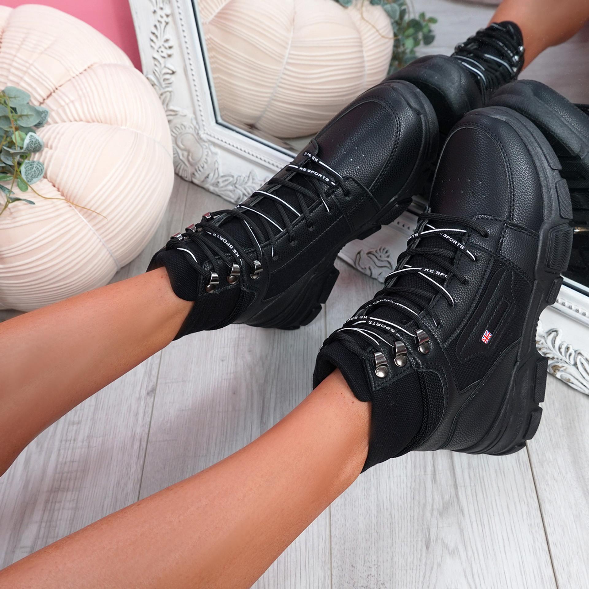 Luva Black Ankle Boots