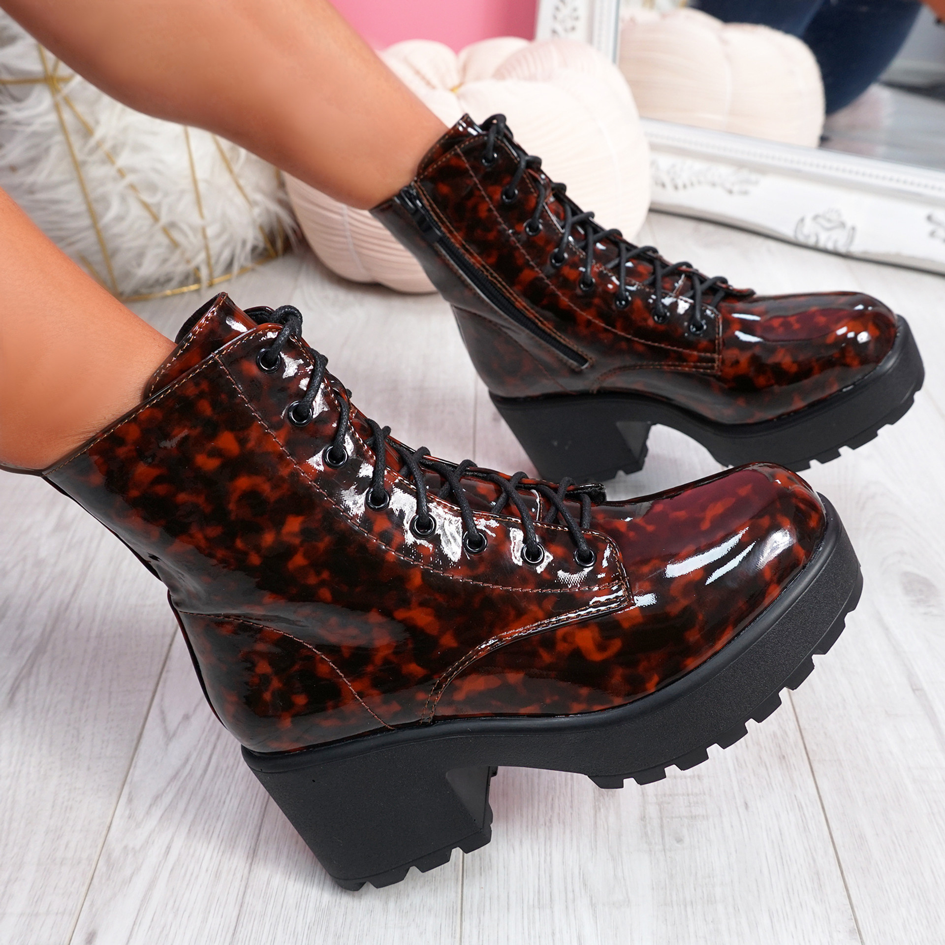 Norry Tortoise Sheel Chunky Ankle Boots
