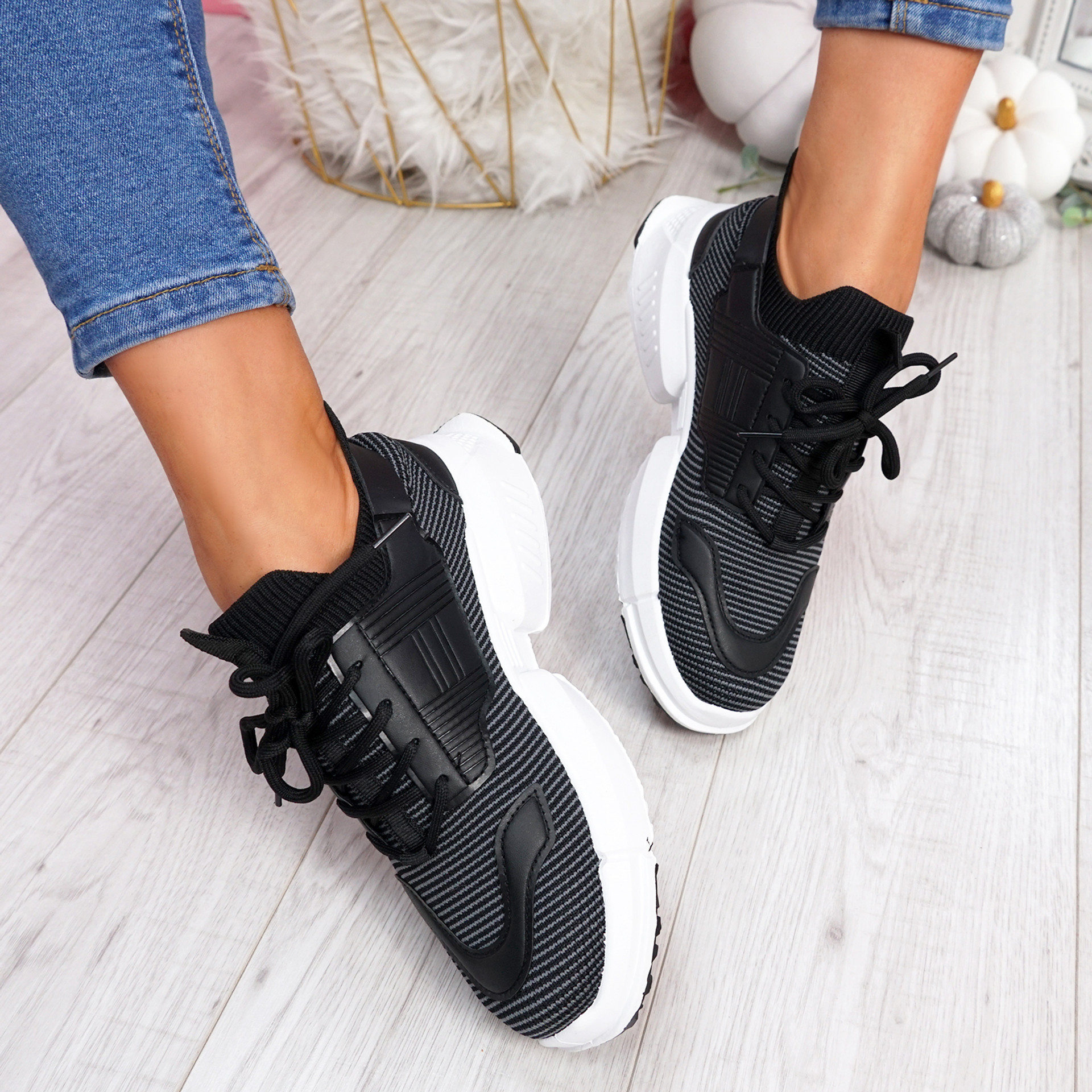 Kimme Grey Trainers