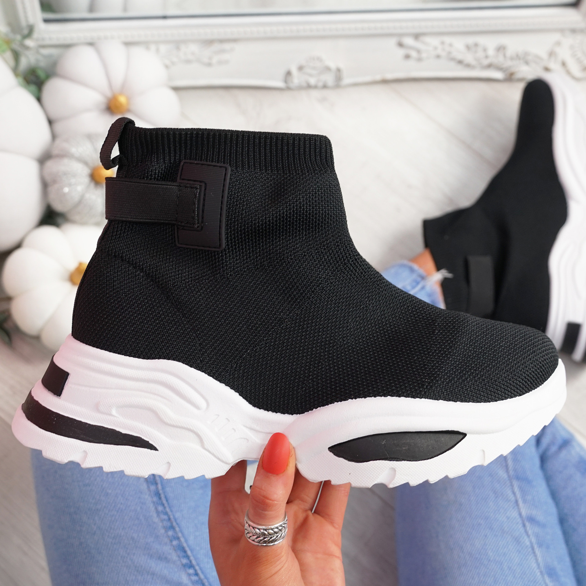 Hessya Black Sock Sneakers