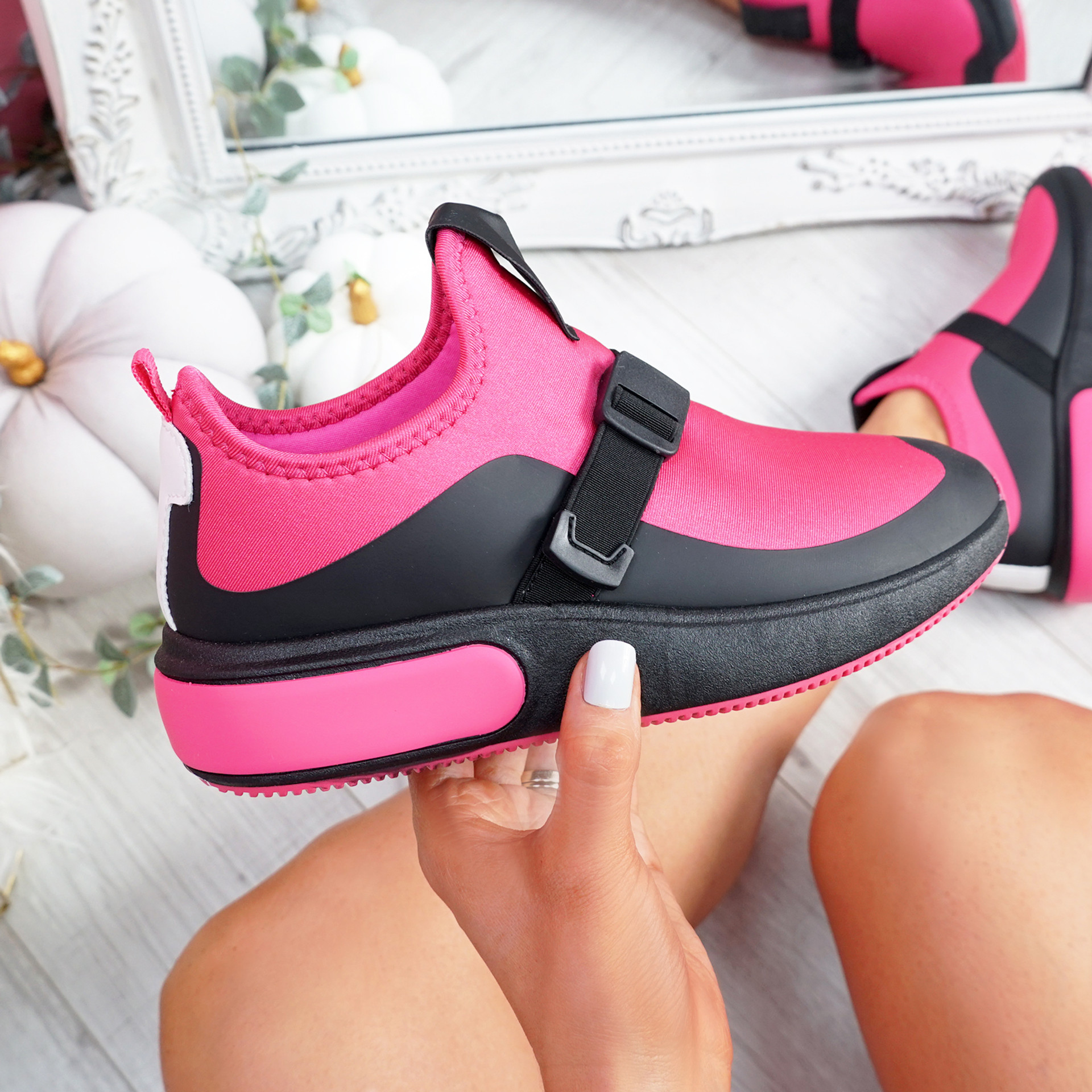 Zonna Rose Pink Sport Trainers