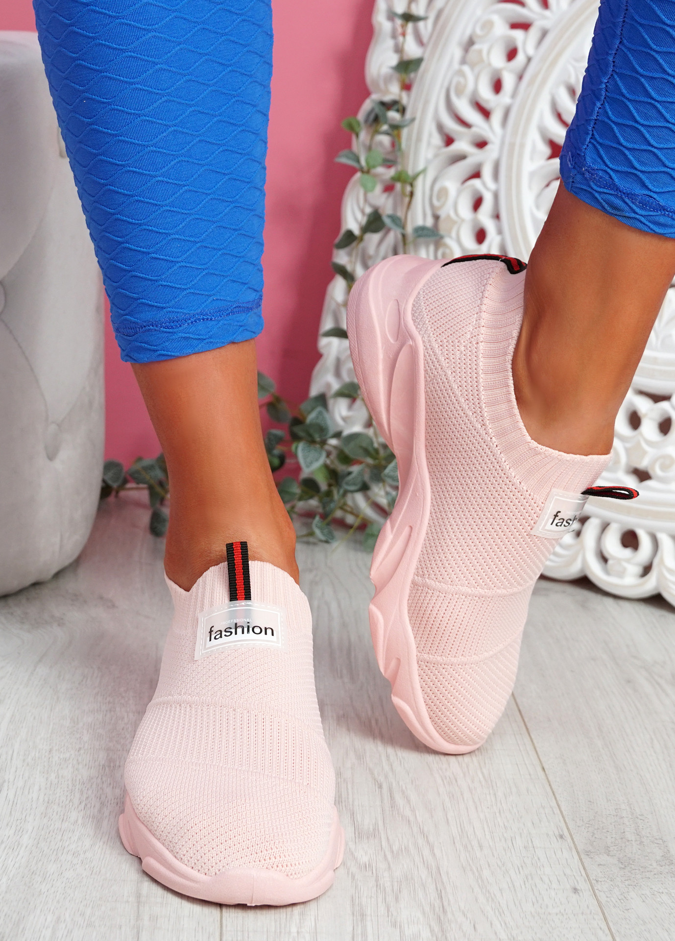 Vidy Pink Knit Trainers