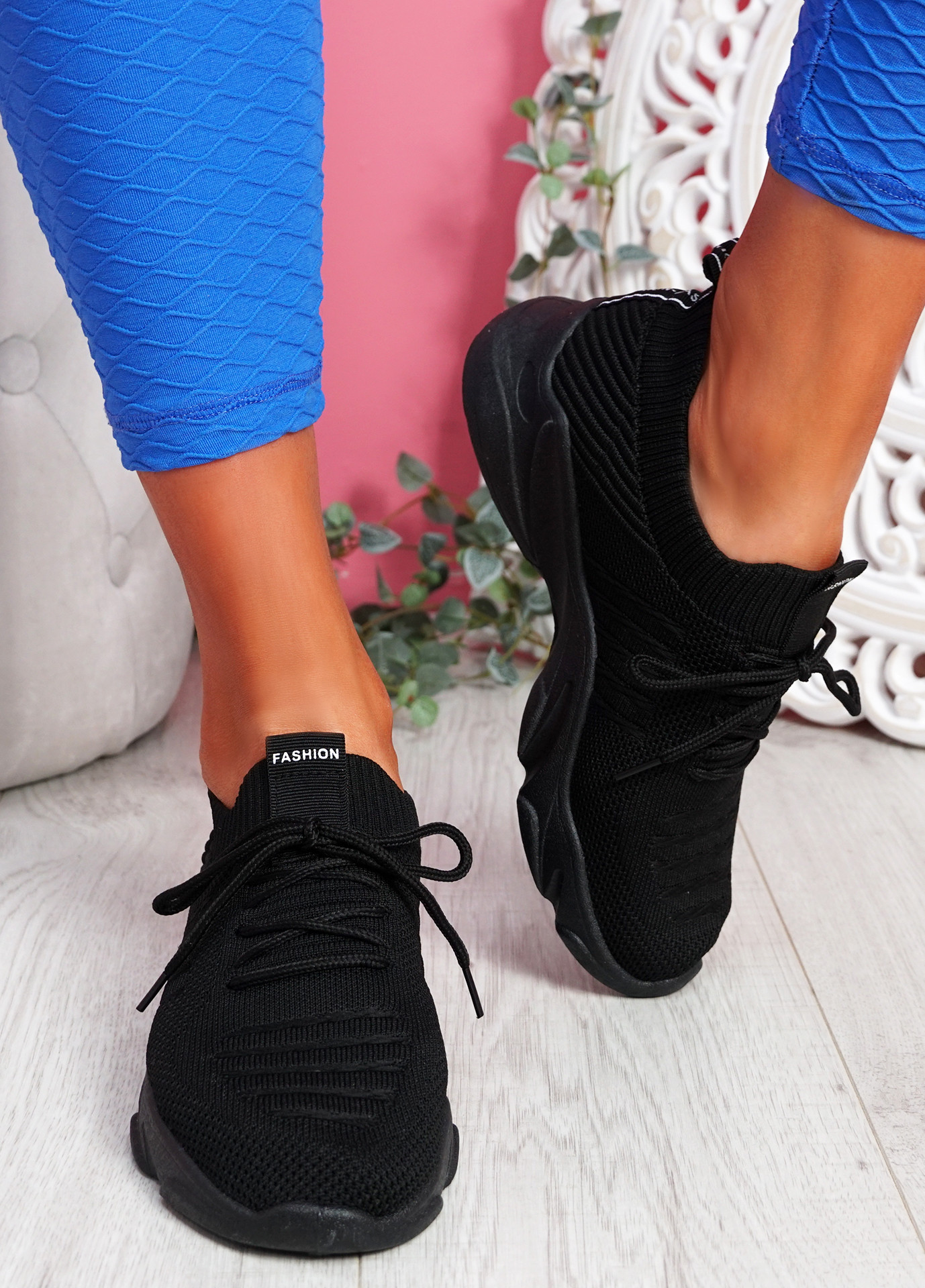 Elen Black Chunky Knit Sneakers