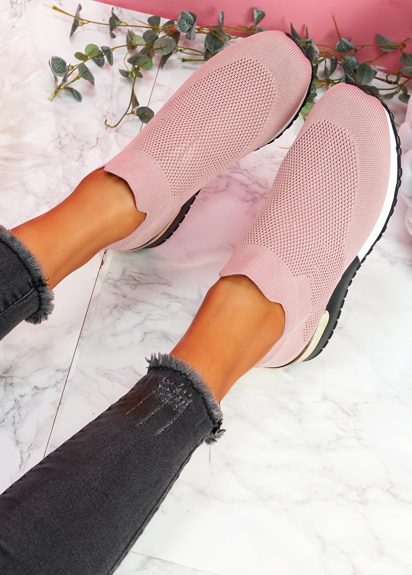 Nyve Pink Knit Trainers