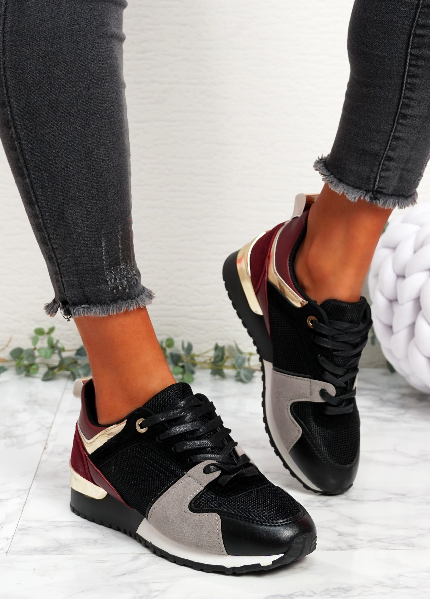 Onne Black Wine Red Lace Up Trainers