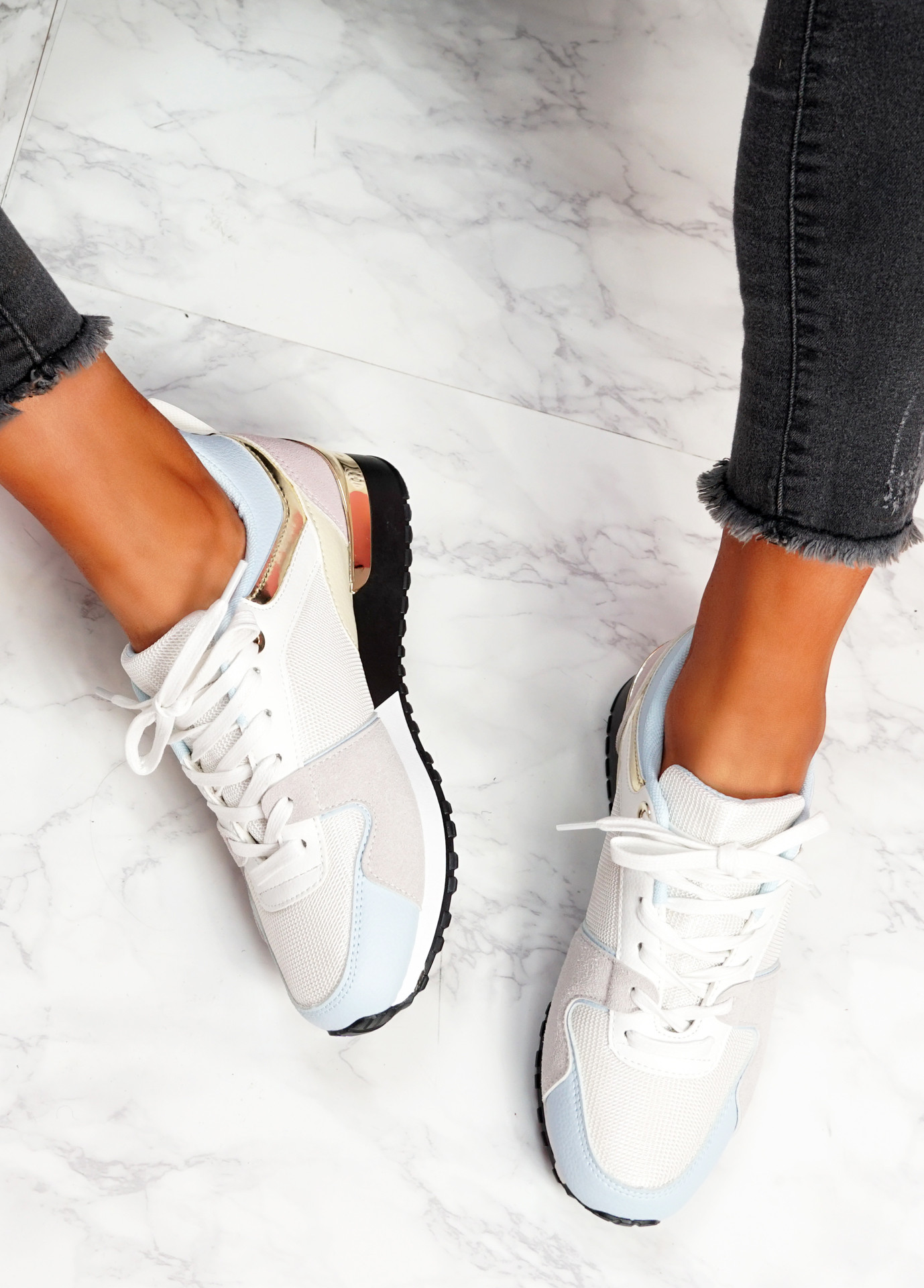 Onne White Grey Lace Up Trainers