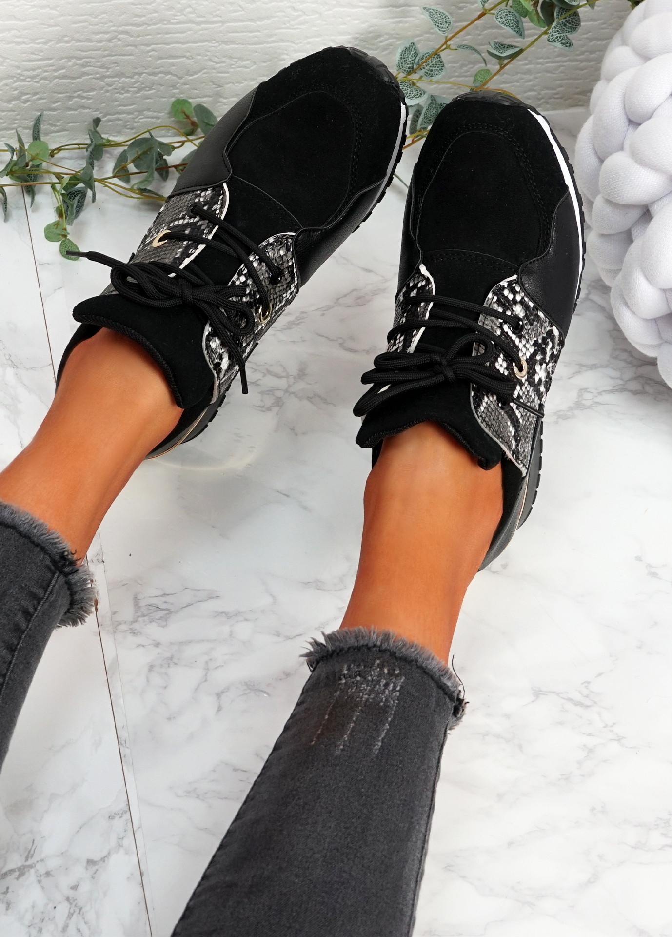 Kolle Black Snake Trainers