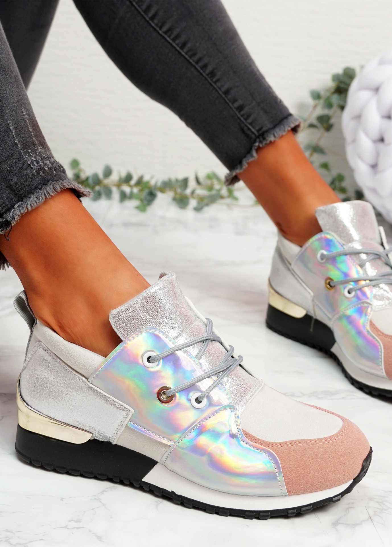 Kolle Grey SIlver Trainers