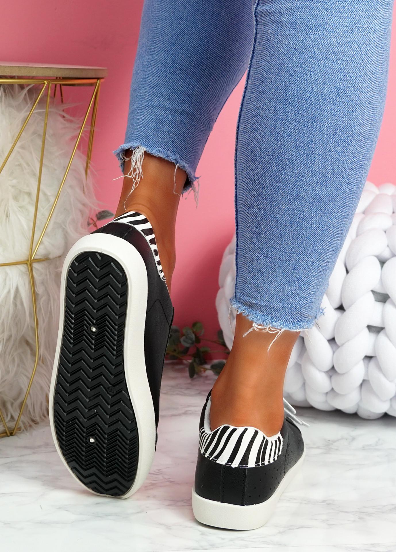 Hesa Black Sport Plimsolls