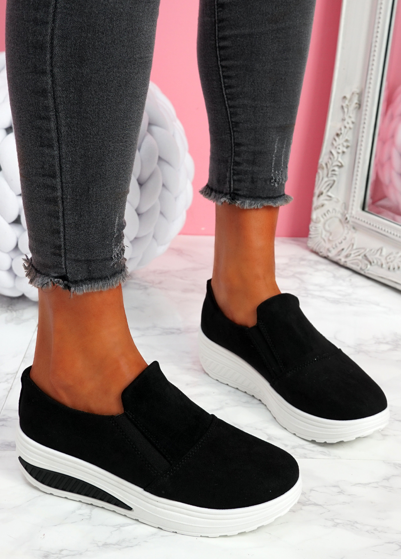 Lote Black Slip On Sport Trainers