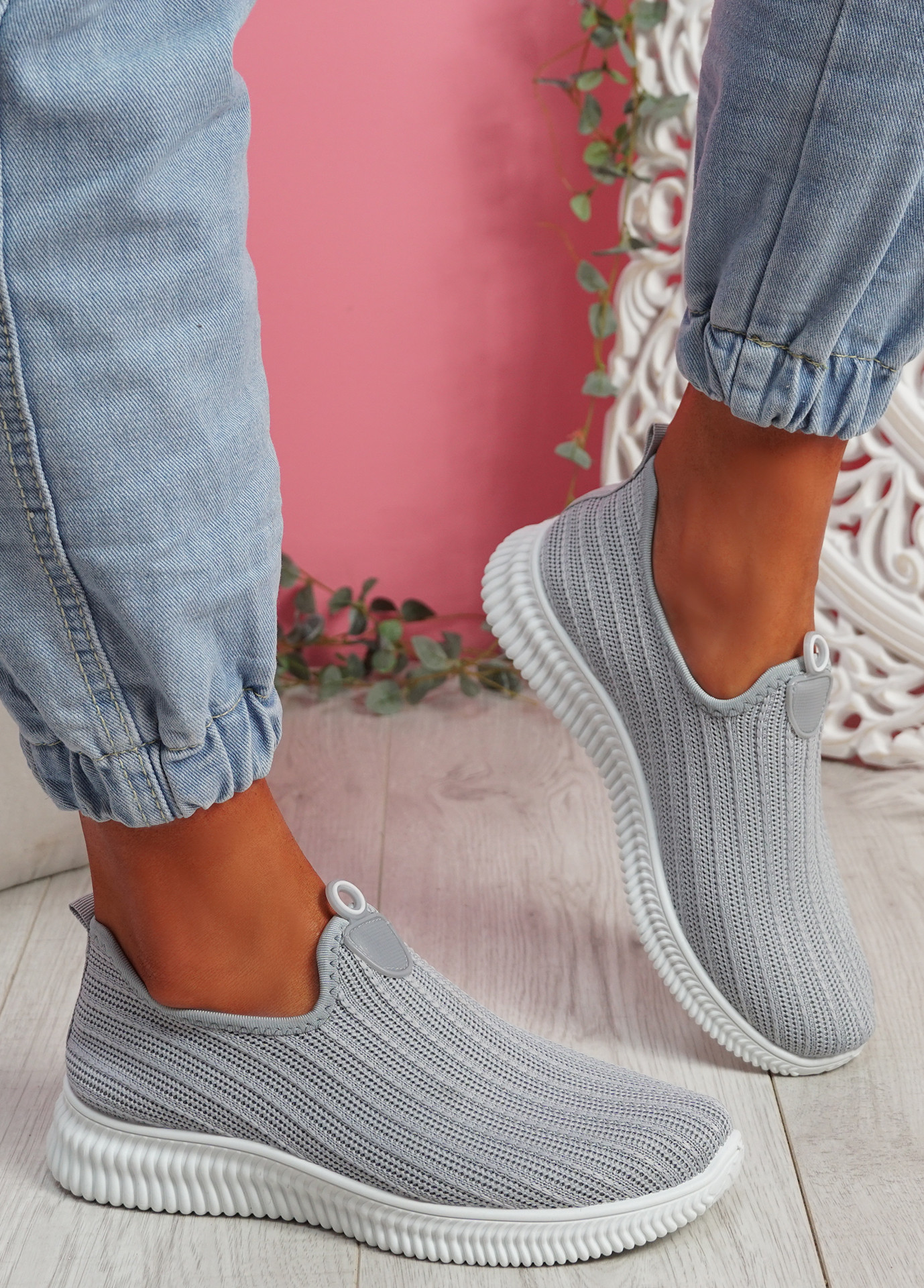 Stonna Grey Knit Slip On Sneakers
