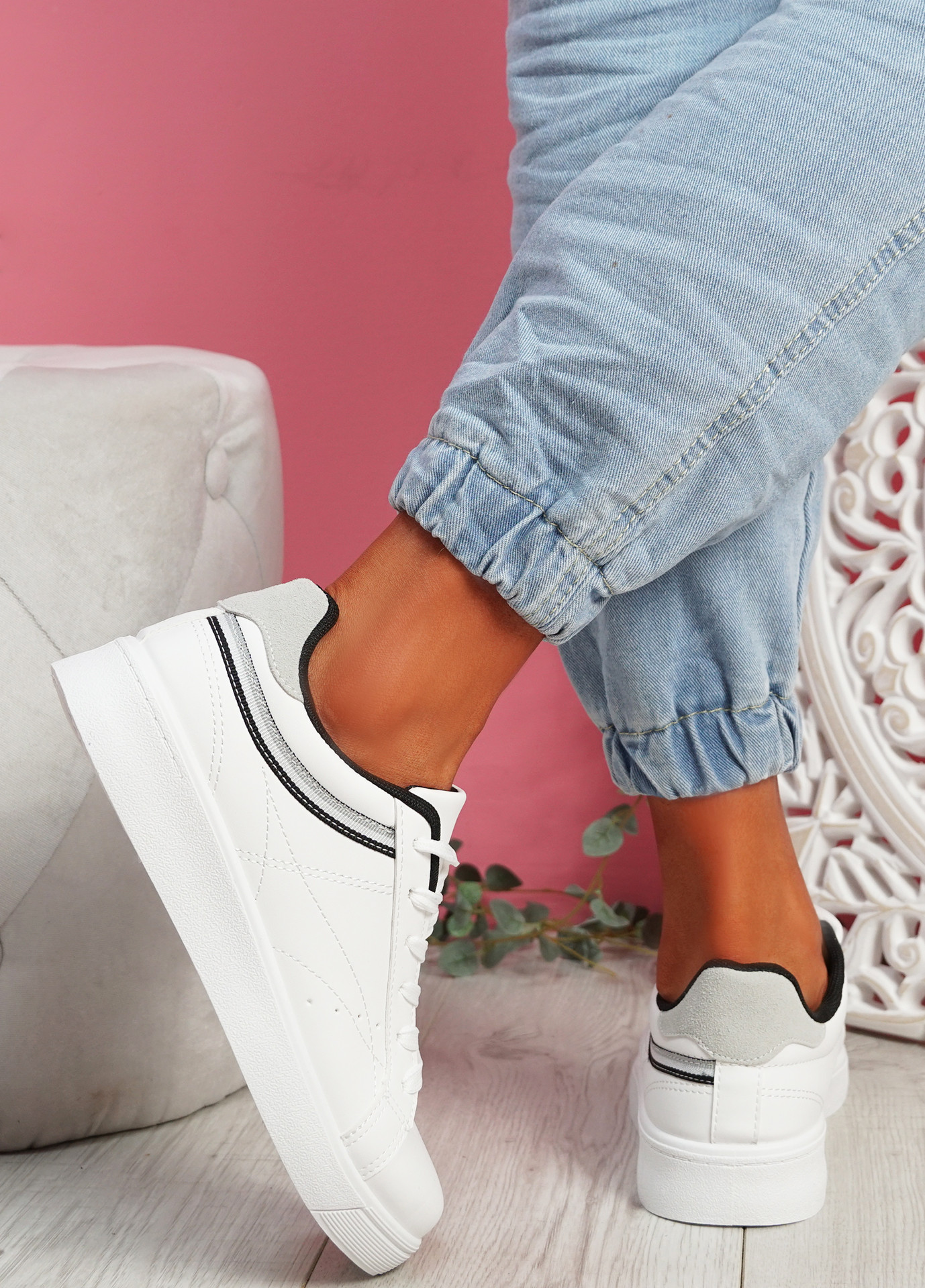 Bumy White Black Trainers