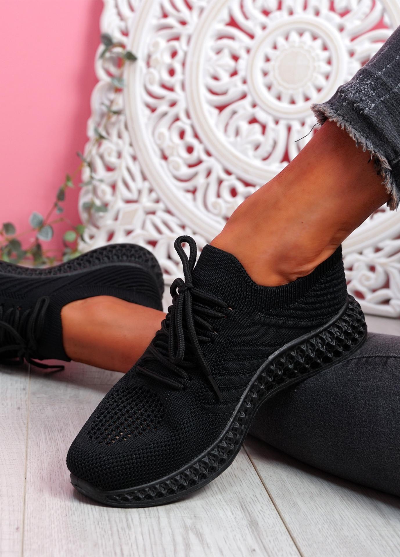 Mava All Black Knit Running Sneakers