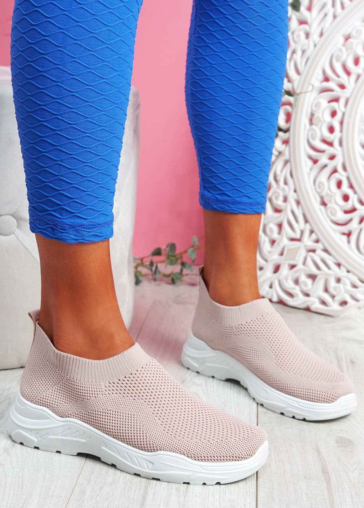 Howa Pink Knit Slip On Trainers