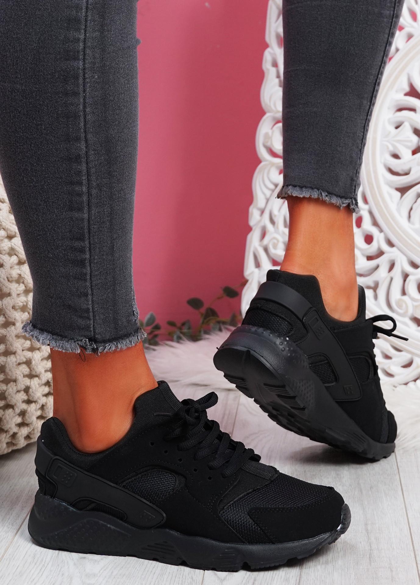 Yutty Black Sport Sneakers