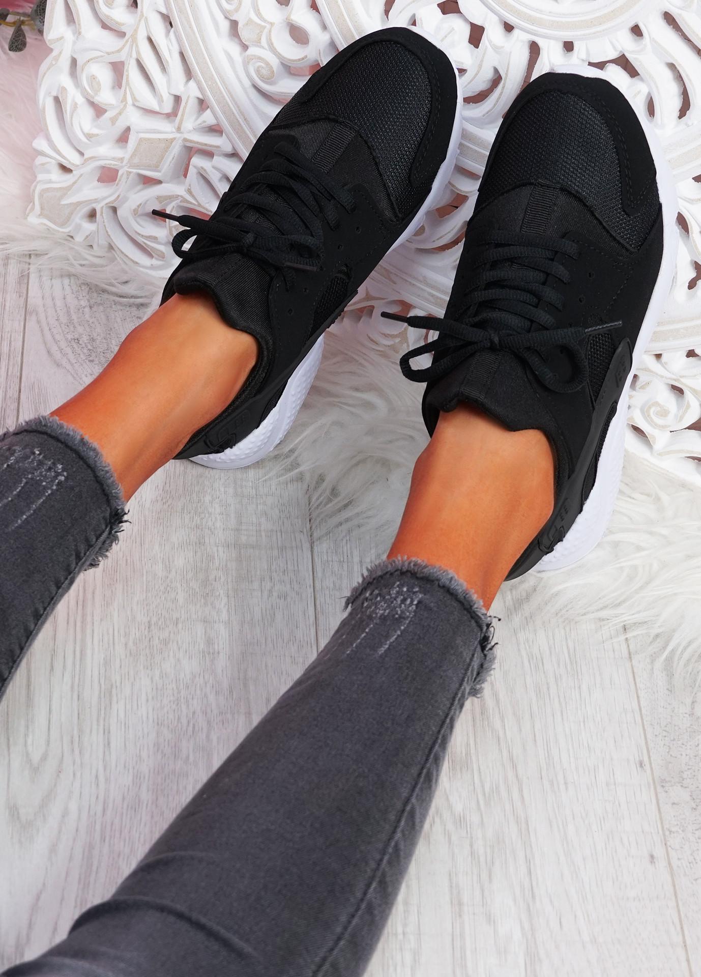 Yutty Black White Sport Sneakers