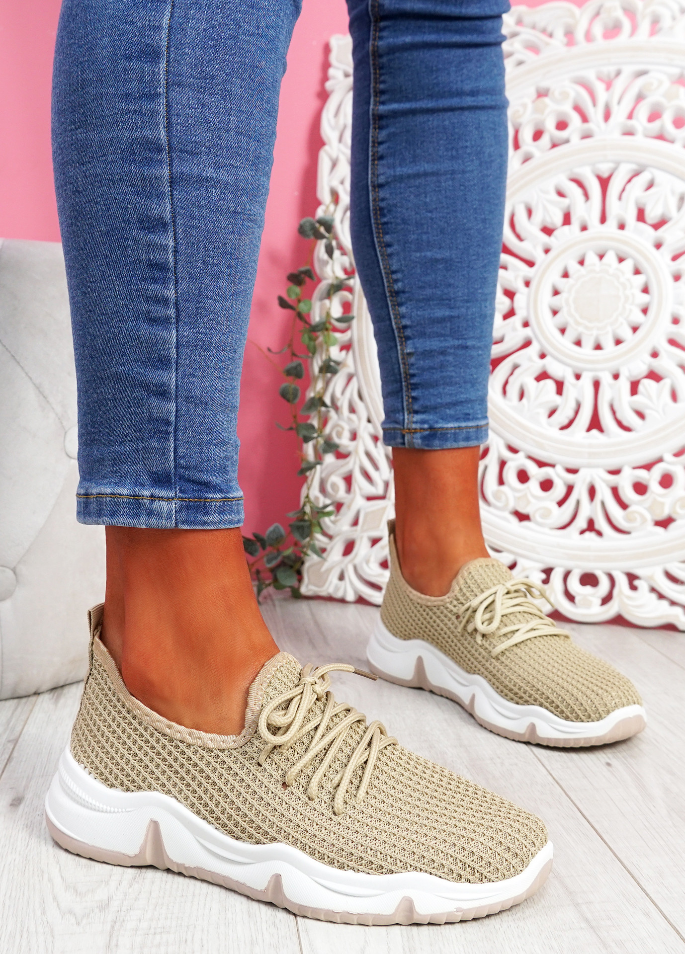 Isso Beige Knit Running Trainers