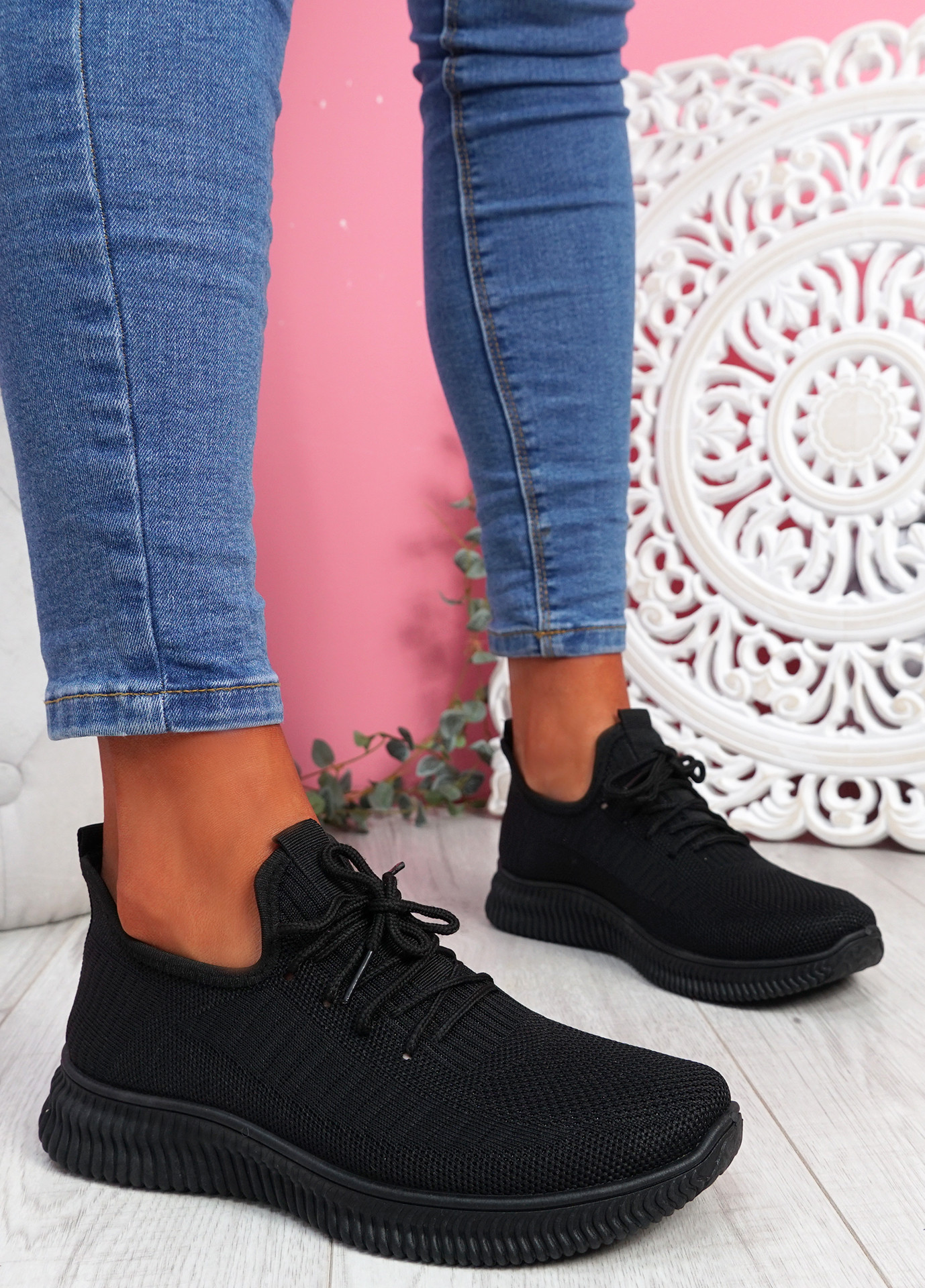 Fovy Black Knit Running Sneakers