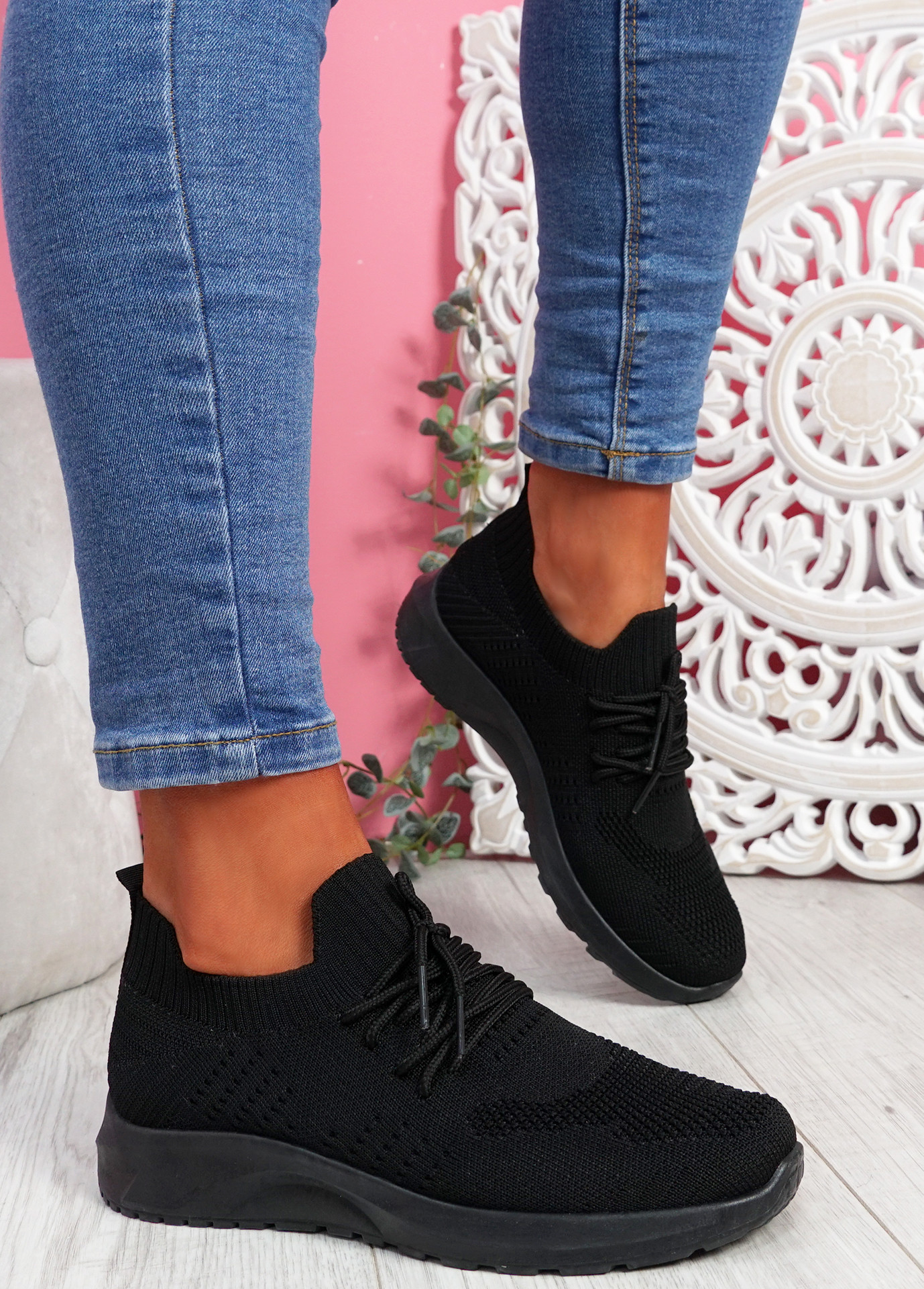 Bany Black Knit Running Trainers
