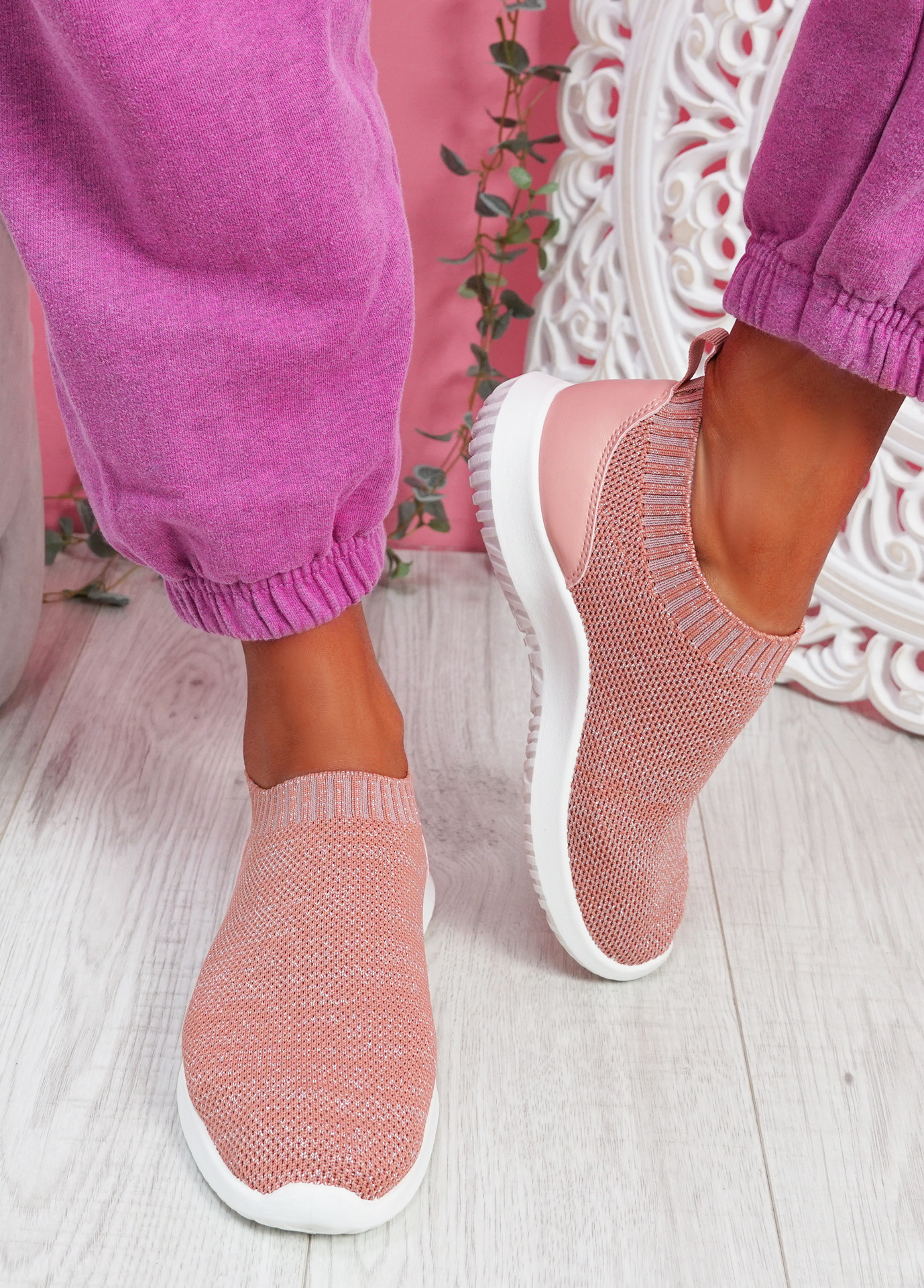 Sibba Pink Running Trainers