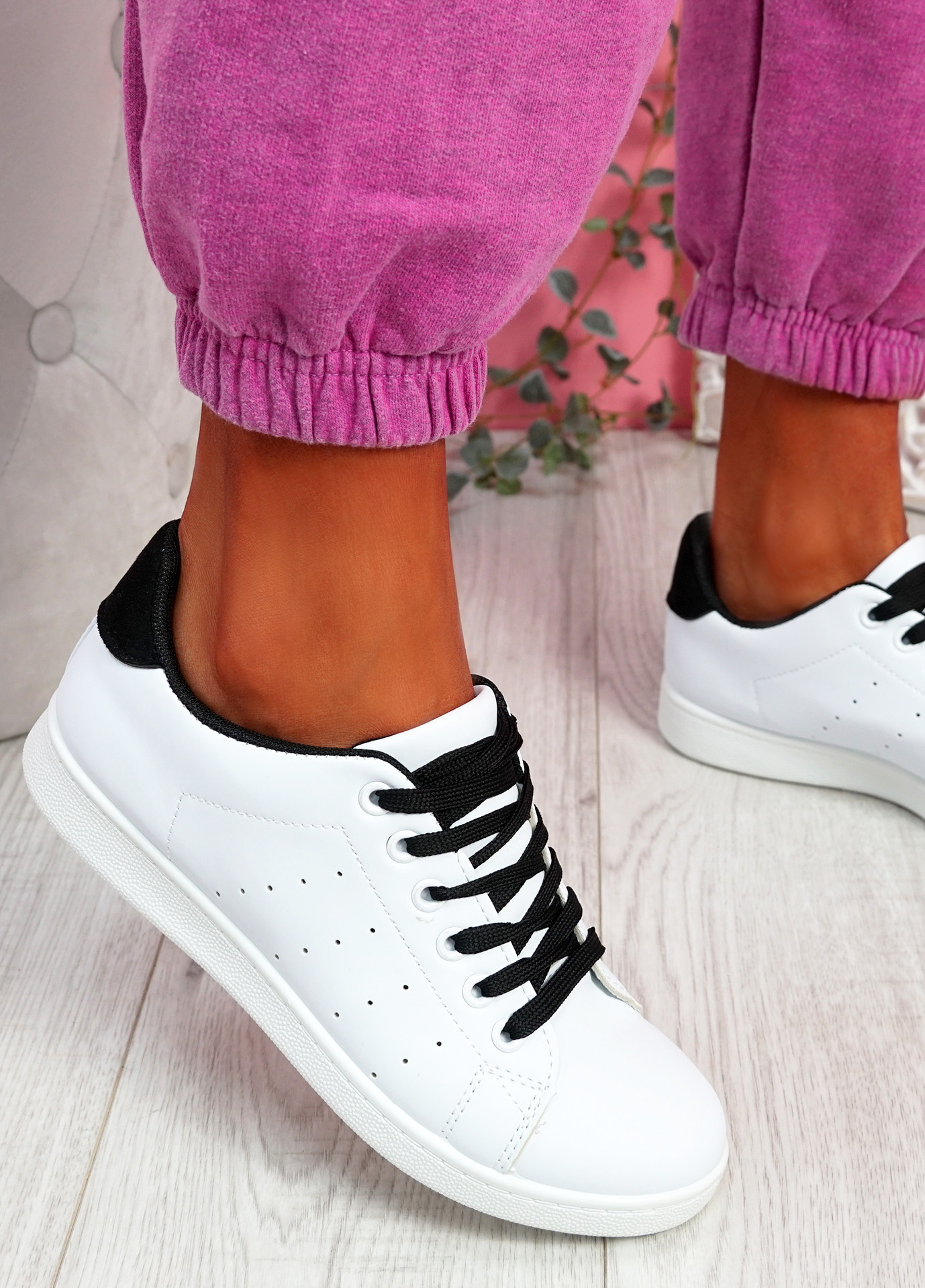 Fone White Black Lace Up Trainers