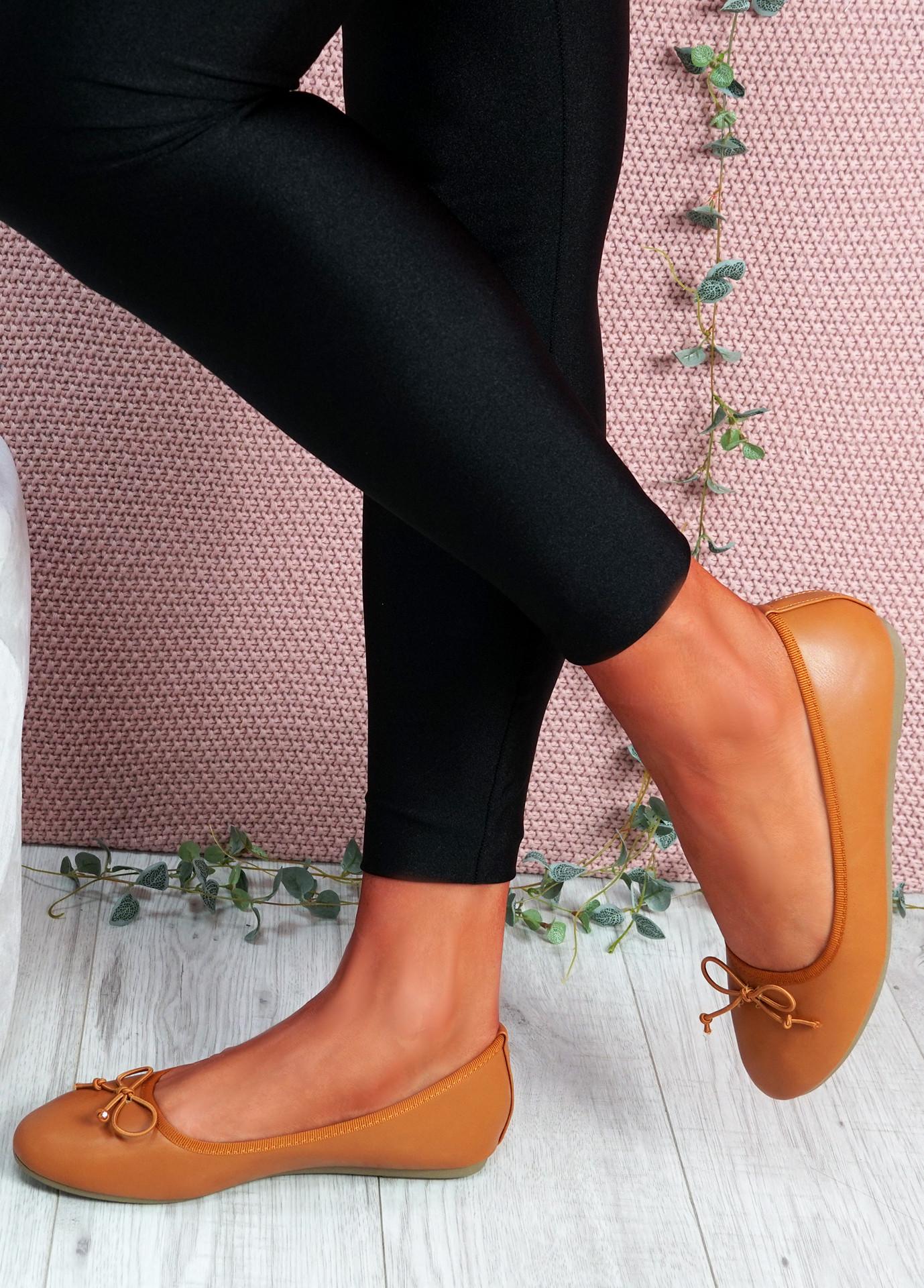 Nimey Camel Bow Flat Ballerinas