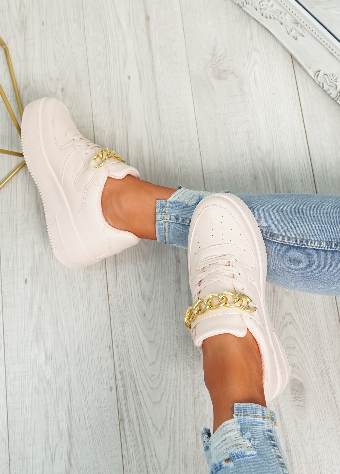 Weno Pink Front Chain Trainers