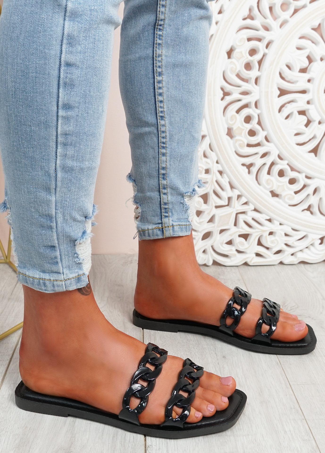 Terry Black Front Chain Flat Sandals