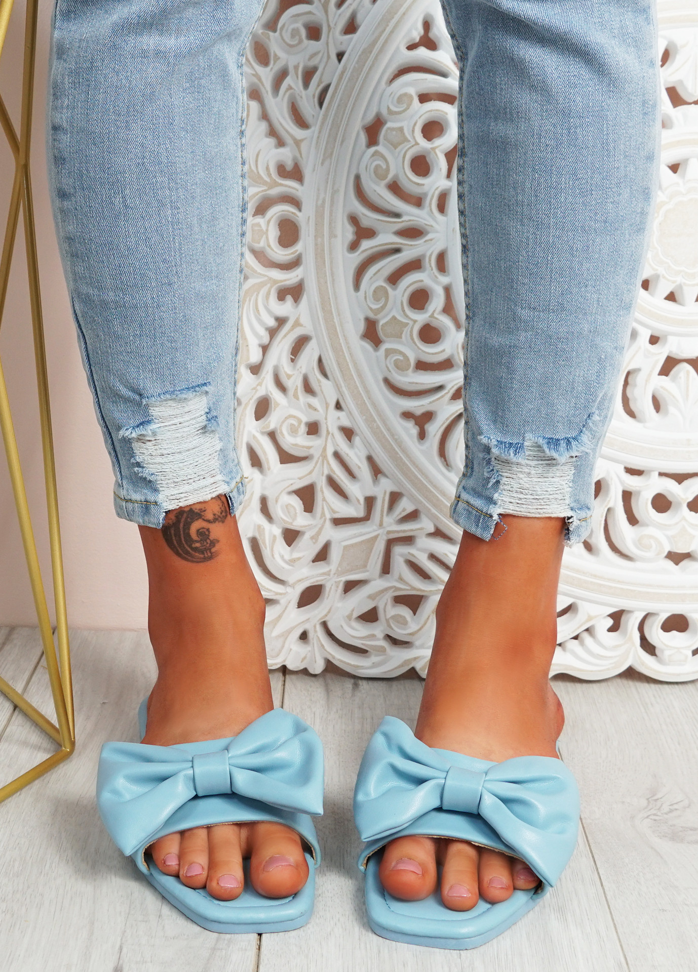 Nito Blue Bow Flat Sandals