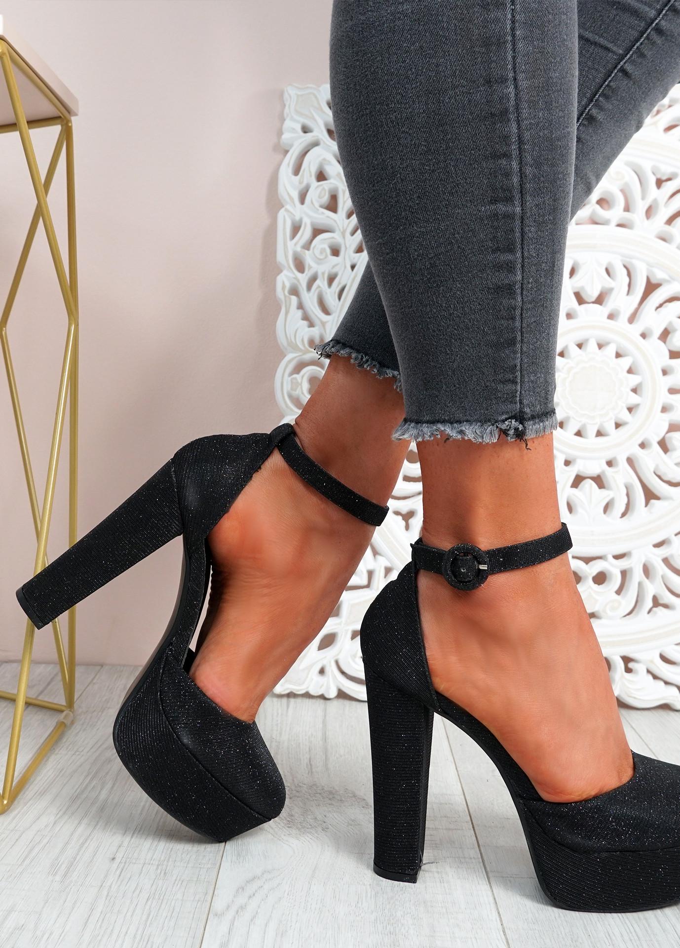 Mizza Black High Block Heel Pumps
