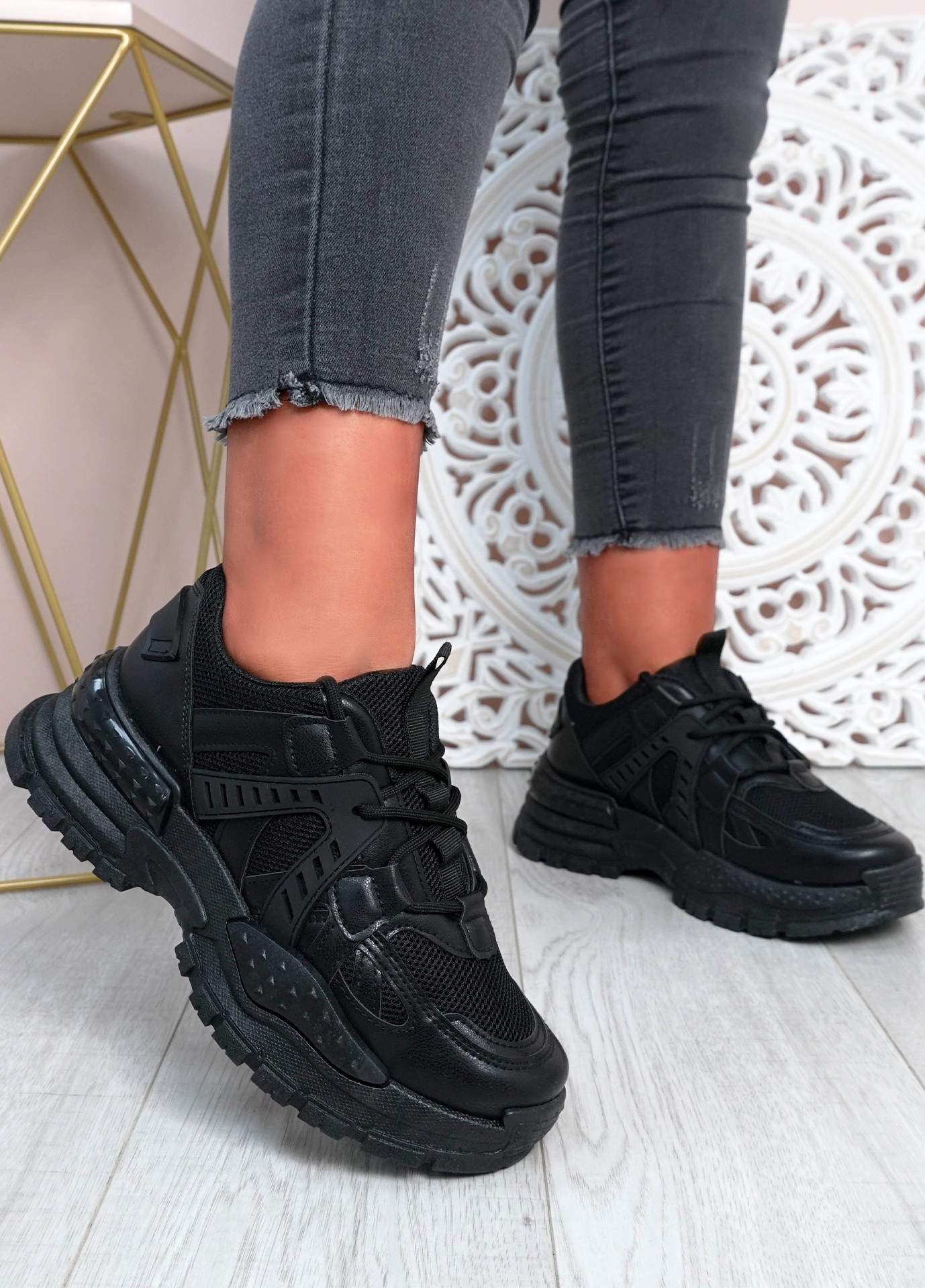 Mary Black Chunky Sneakers
