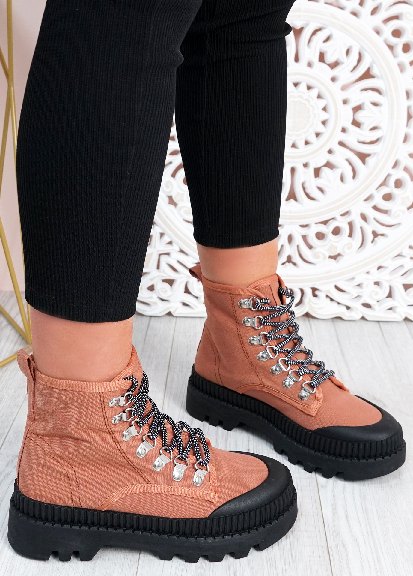 Connie Camel Chunky Trainers
