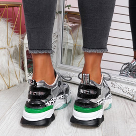 Porya Black Chunky Sneakers