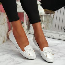 Invy White Pu Slip On Bow Ballerinas