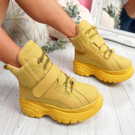 Guffe Yellow Flatform Ankle Boots
