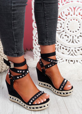 Numy Black Wedge Rock Studs Sandals