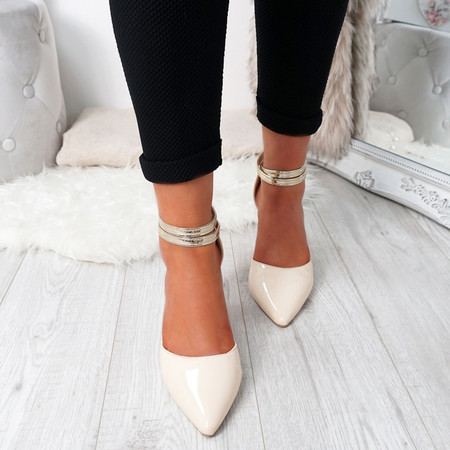 Glovva Beige Gold Block Heel Pumps