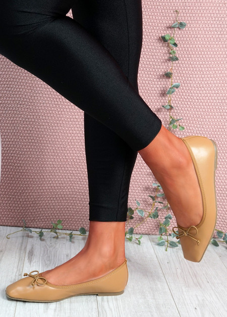 Vonno Camel Square Toe Ballerinas