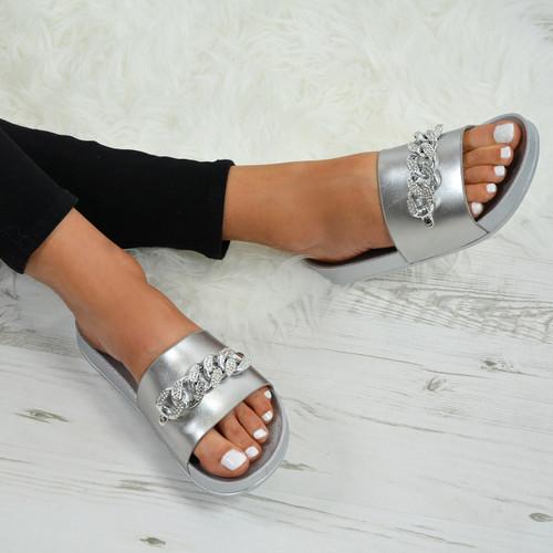 Kama Silver Sliders