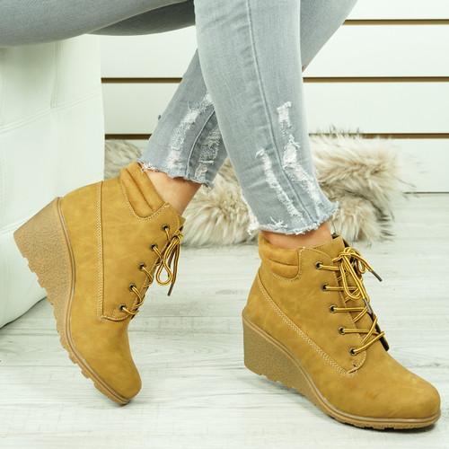 Violin Camel Ankle Boots