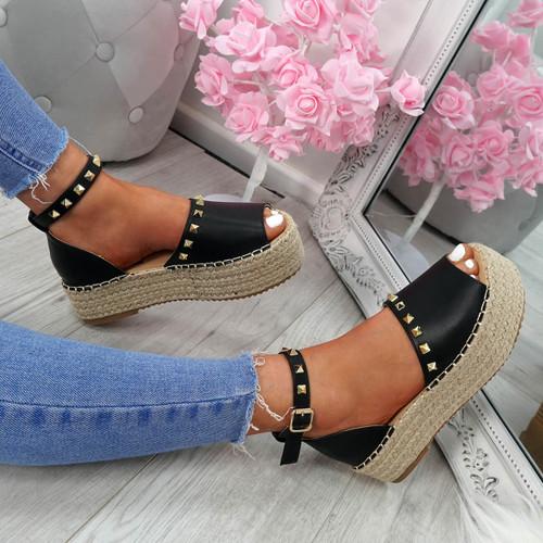 Orum Black Flatform Sandals