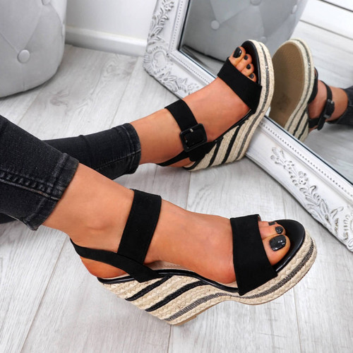 Alsa Black Wedge Platform Sandals