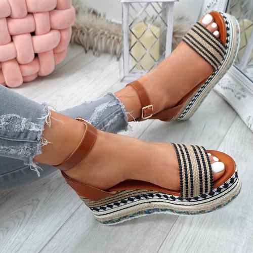 Gima Black Platform Sandals