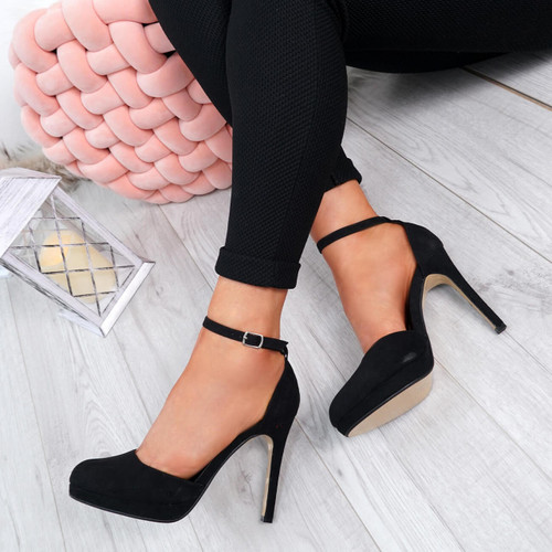 Dakka Black Stiletto Pumps