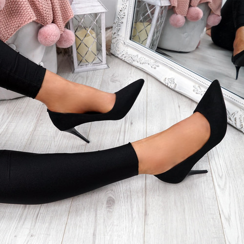Banny Black Suede Court Pumps