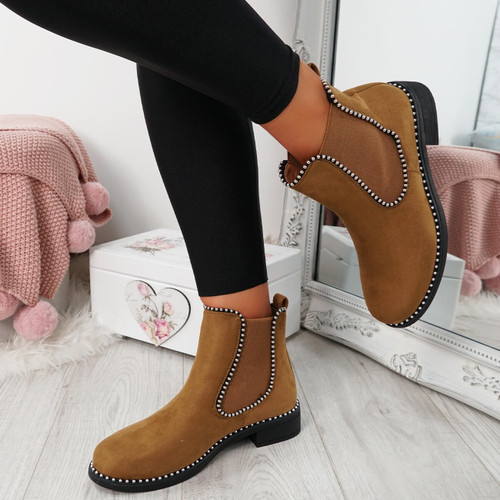 Ohya Camel Studded Chelsea Boots