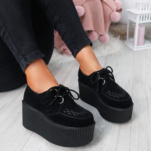 Celly Black Flatform Pumps