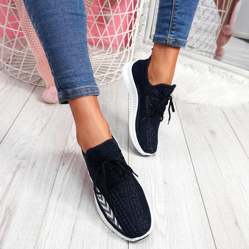 Benne Navy Running Trainers