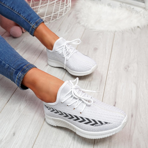 Benne White Running Trainers
